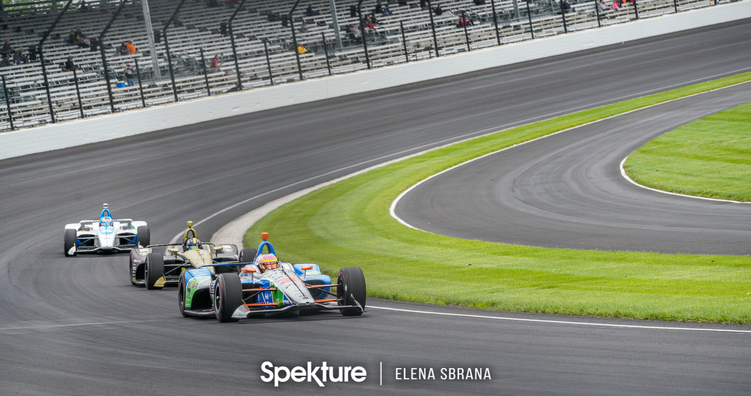 Earchphoto Sports - Pippa Mann on track at IMS