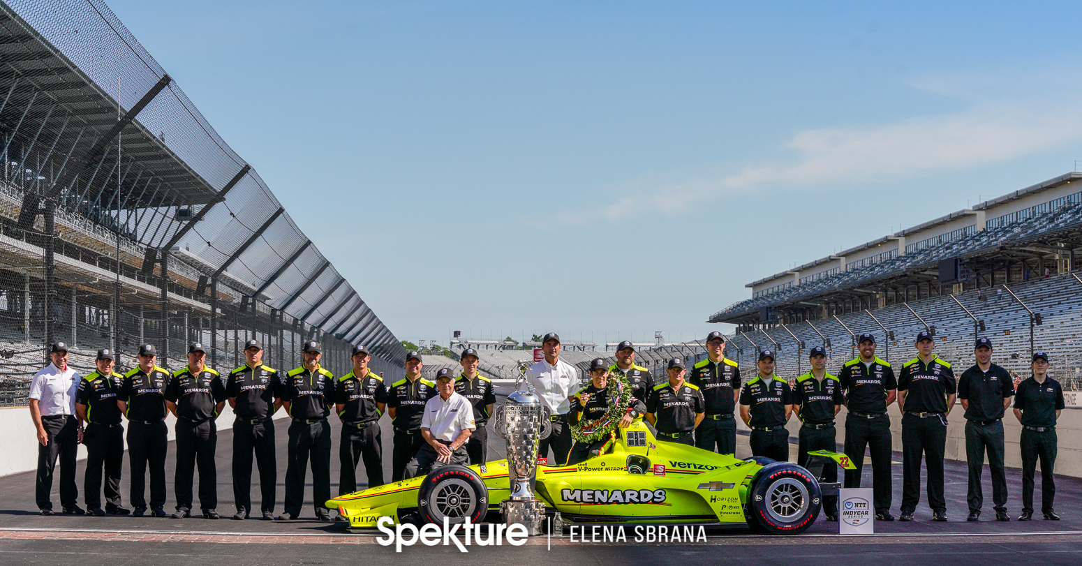 Earchphoto Sports - Team Penske on the yard of bricks